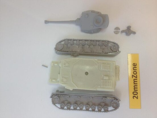 Panzer IV Ausf F2 1941 onwards with optional open or closed